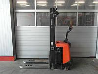 Штабелер BT SPE 160,  электроштабелер бу