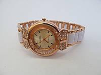 Часы женские Chanel золотистые, Шанель