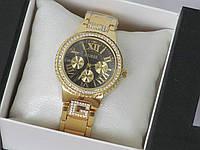 Женские часы Guess украшенные камнями с черным циферблатом, Гес
