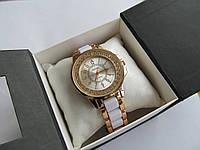Часы женские золотистые Chanel, Шанель