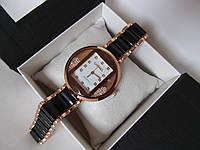 """Часы женские Chanel черные  в """"золотом"""" корпусе, Шанель"""