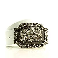 (Chiara) Кожа Италия. Большая итальянская пряжка с камнями. Ремень в коробке  G4050W28-B белый