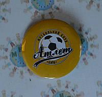 Значок с логотипом ФК Атлет