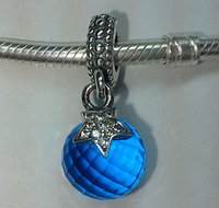 Шарм подвеска Пандора «Луна и звезда» синий