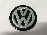 Volkswagen Golf 4 Наклейка VW (d 75мм)