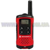 Рация Motorola TLKR T40 (Стандарт: PMR446, Мощность: 0.5 Вт, Дальность: до 4 км, Вес: 74г)