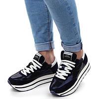 Женские кроссовки - идеально для весны.