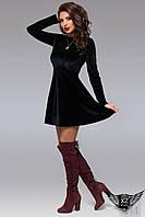 Бархатное платье длинным рукавом и юбкой клеш