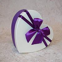Коробка сердце M 17,5 x 14,5 x 6,5 см