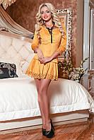 Женское замшевое платье с юбкой клёш горчичное