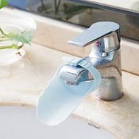Насадка - удлинитель для водопроводного крана регулируемый Голубой