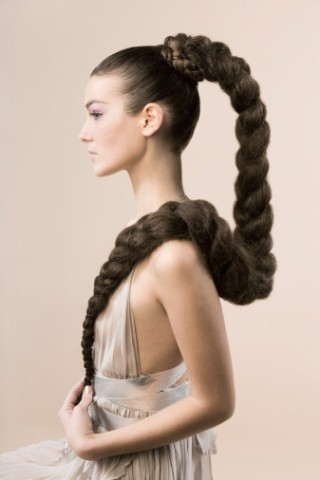 Лечите ваши волосы с помощью шампуней для лошадей и Ваши волосы станут роскошными и шелковистыми!