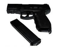Пневматический пистолет KWC KM 46 для начинающих