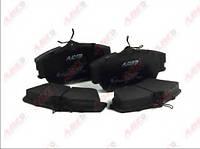 Гальмівні колодки передні без датчика (R15, суцільний диск,129.7x65.2x19mm) VW T4 90-03 C1W031ABE ABE