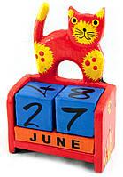 "Календарь настольный ""Кот"" дерево алый (14,5х10х5,5 см)"