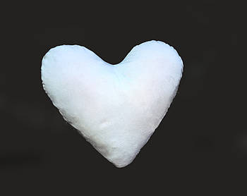 Подушка плюшевая сердце для сублимации без вставки боковой