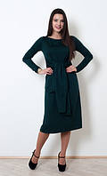 Оригинальное темно-зеленое платье под пояс, длины за колено