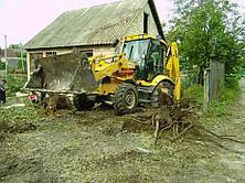 Уборка участка. Расчистка участка от зарослей. Корчевка пней. Вывоз мусора, хлама, пней. Порезка дров. Выравнивание участка.