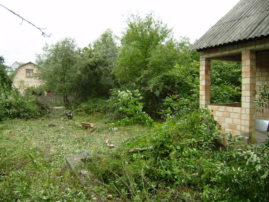 Расчистка территории земельного участка