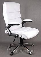 Офисное кожаное кресло Deko раскладное белое