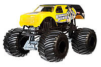 Машинка Hot Wheels Monster Jam Монстер Трак 1:24 Scale Bounty Hunter Vehicle