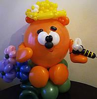 Фигура из воздушных шаров мишка