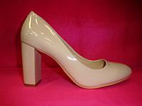 Свадебные туфли пудра лак