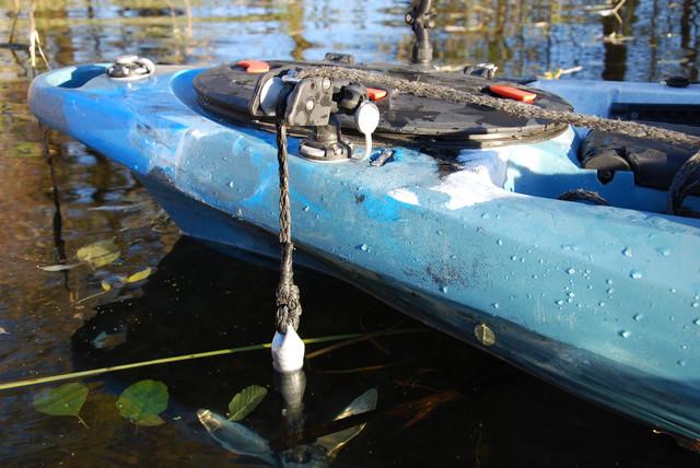 Якорный ролик Фастен в лодку с механизмом наклона Fasten Borika Ar003