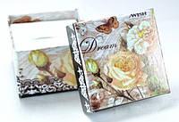 Коробка   5х5см цветы белая роза