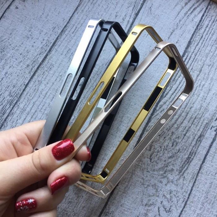 Металлический ультратонкий бампер для iPhone 5/5s/se