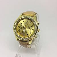 Модные женские часы Женева Золото