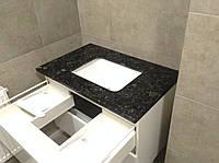 Столешница для ванной комнаты, под умывальник черного цвета с нижней подклейкой , фото 1