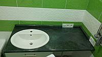 Столешница для ванной комнаты, под умывалрьник зеленого цвета