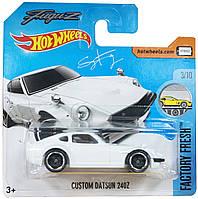 Базовая машинка Hot Wheels Custom Datsun 24OZ