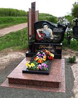 """Памятник из гранита """"Солдатский"""""""