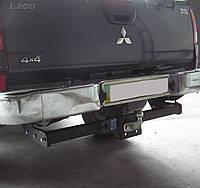Фаркоп на Mitsubishi L-200 (с 2006--) литой крюк. Митсубиси Л200