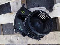 Моторчик печки в сборе резистор печкиPeugeot (Пежо)8072002-2010Citroen C8