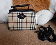 Микро-сумочка Burberry на длинном ремне