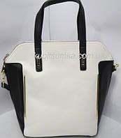 Женская сумка чёрно-белого цвета