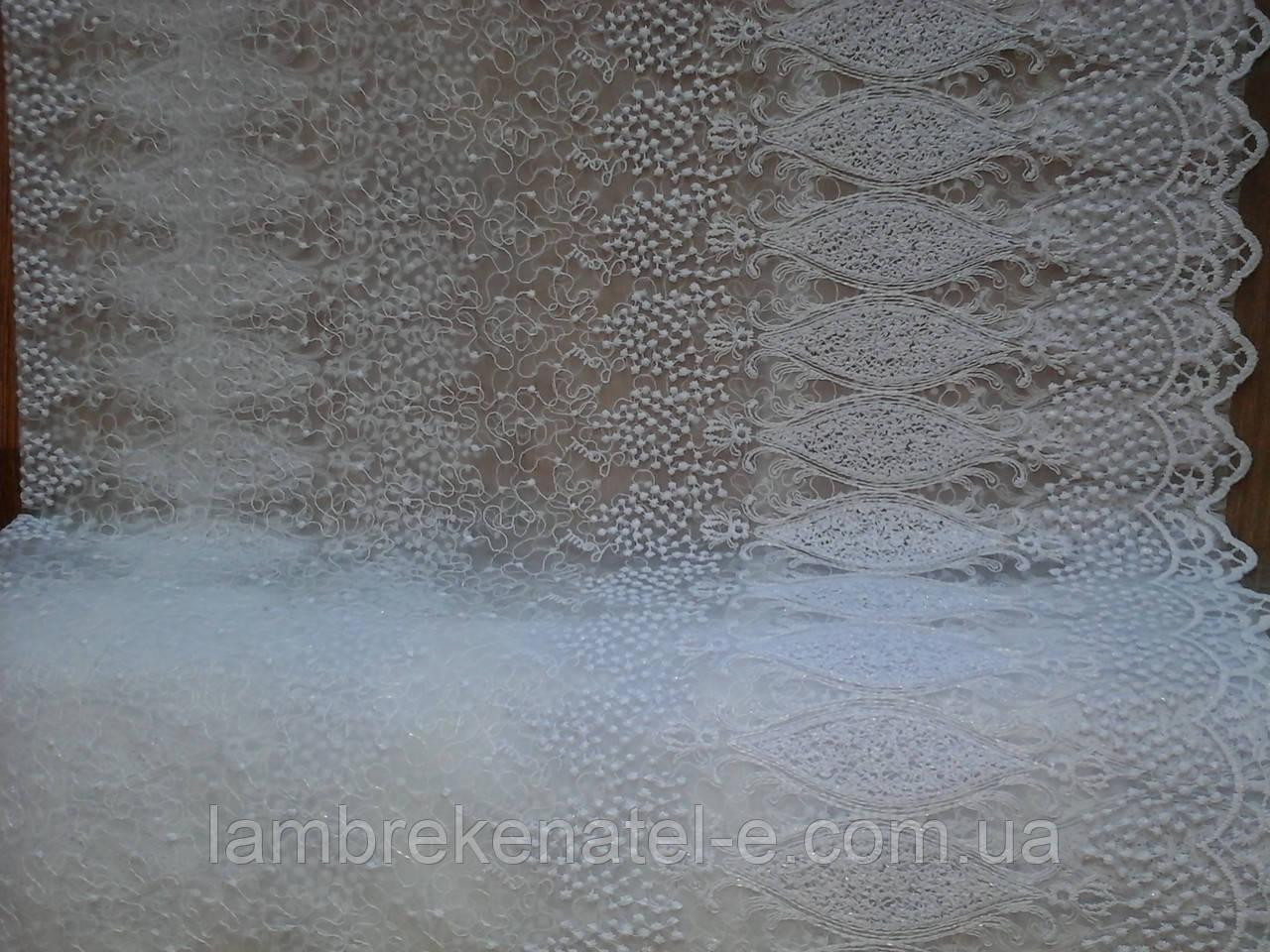Тюль белая фатин с вензельной вышивкой