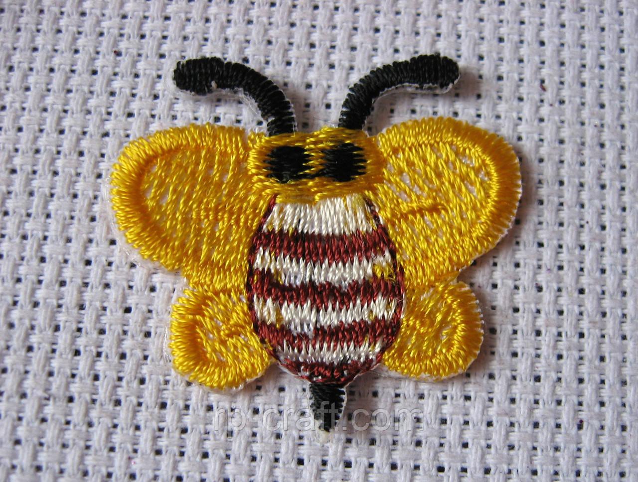 Аплікація клейова. Бджілка, 32х32 мм