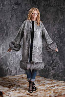 Шуба пальто из каракульчи SVAKARA со съемной чернобуркой