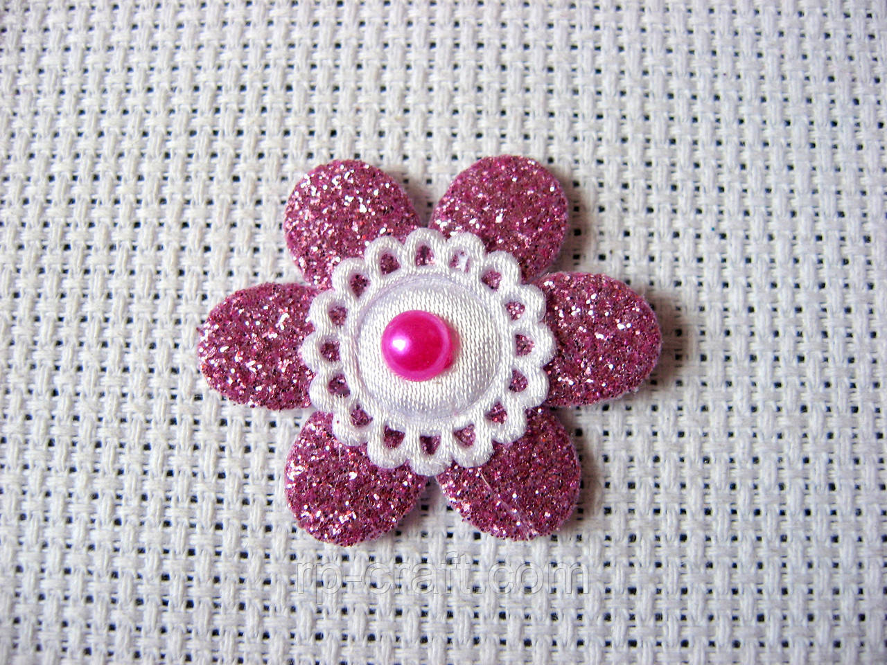 Аппликация пришивная,  цветок дымно-розовый