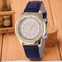 Стильные модные женские часы Geneva Brilliant со стразами , черные