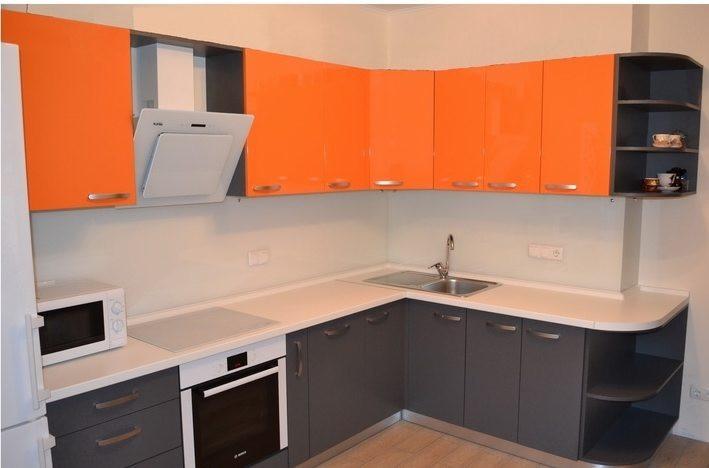 """Кухня """"Сіро-помаранчева"""" з плівкового МДФ"""