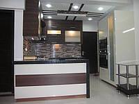 Кухня Угловая с барной стойкой из пленочного МДФ, фото 1
