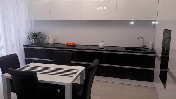 Кухня «Моя кухня» микс классики и минимализма из пленочного МДФ