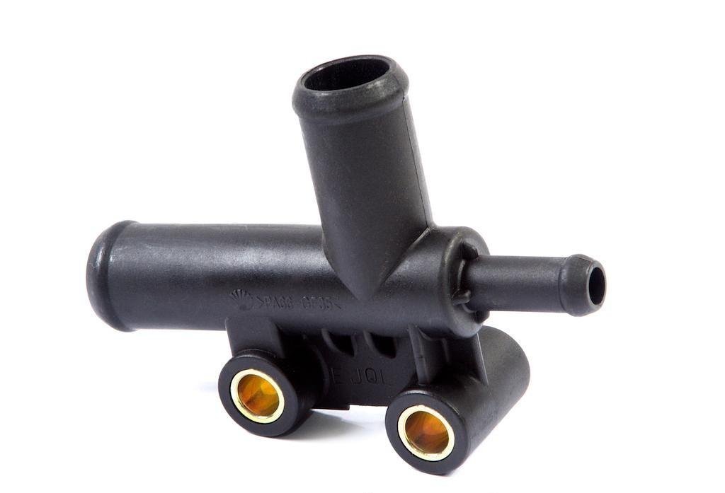 Тройник системы охлаждения Тройник патрубков радиатора Daewoo Lanos Ланос 1.5 КОРЕЯ