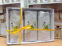 Набор льняных полотенец с пасхальной тематикой.