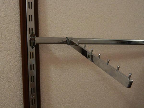 Кронштейны(флейты) с креплением на перемычку